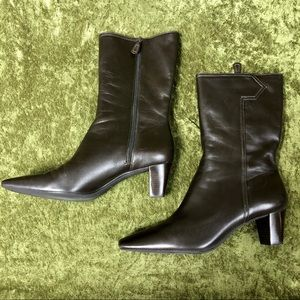 Cole Haan Shoes - LAST CHANCE 💅 2000s Cole Haan brown heeled boots